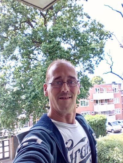 Frenk zoekt een Appartement/Huurwoning/Kamer/Studio in Haarlem