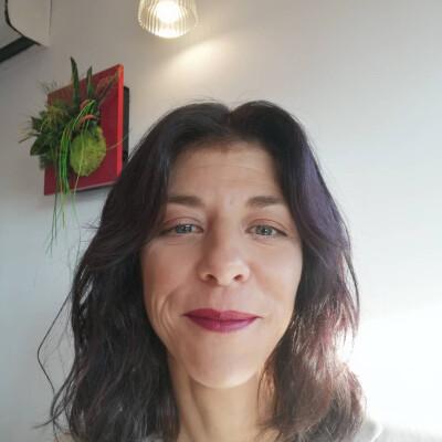 Cecile zoekt een Appartement/Huurwoning/Kamer/Studio in Haarlem